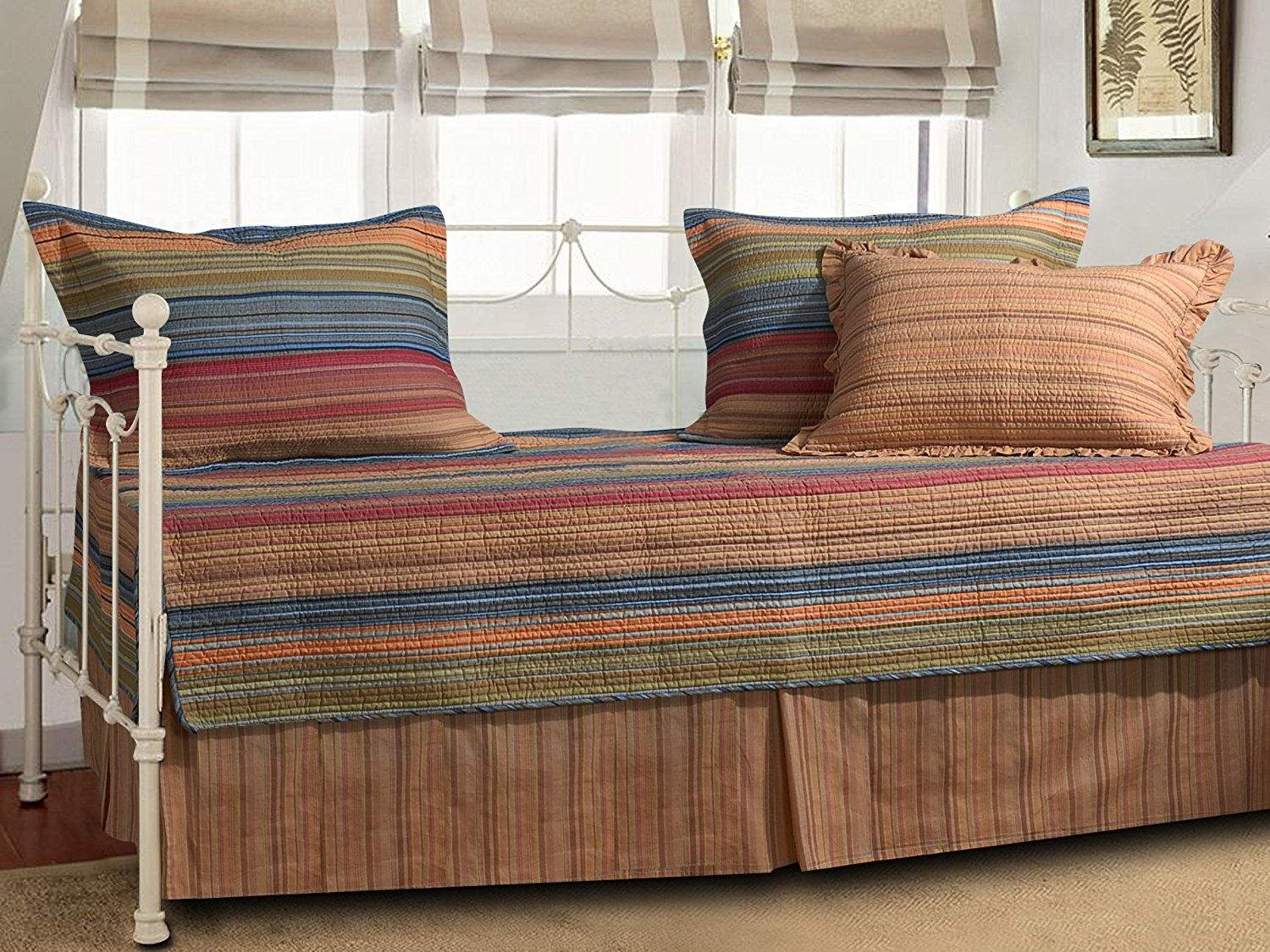 1. Greenland Home Katy Daybed Set