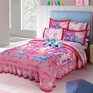8. Limited Edition Unicorns Kids Girls Bedspread Set.