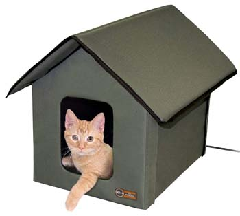 8: K&H Pet Products Outdoor Kitty House