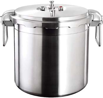1. Buffalo QCP430 32-Quart Stainless Steel Pressure Cooker [Commercial series]
